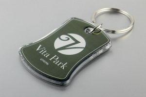 Брелки для отелей с номером и логотипом Vita Park