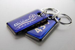 Брелок номерной для гостиничных ключей с логотипом Druzhba hotel